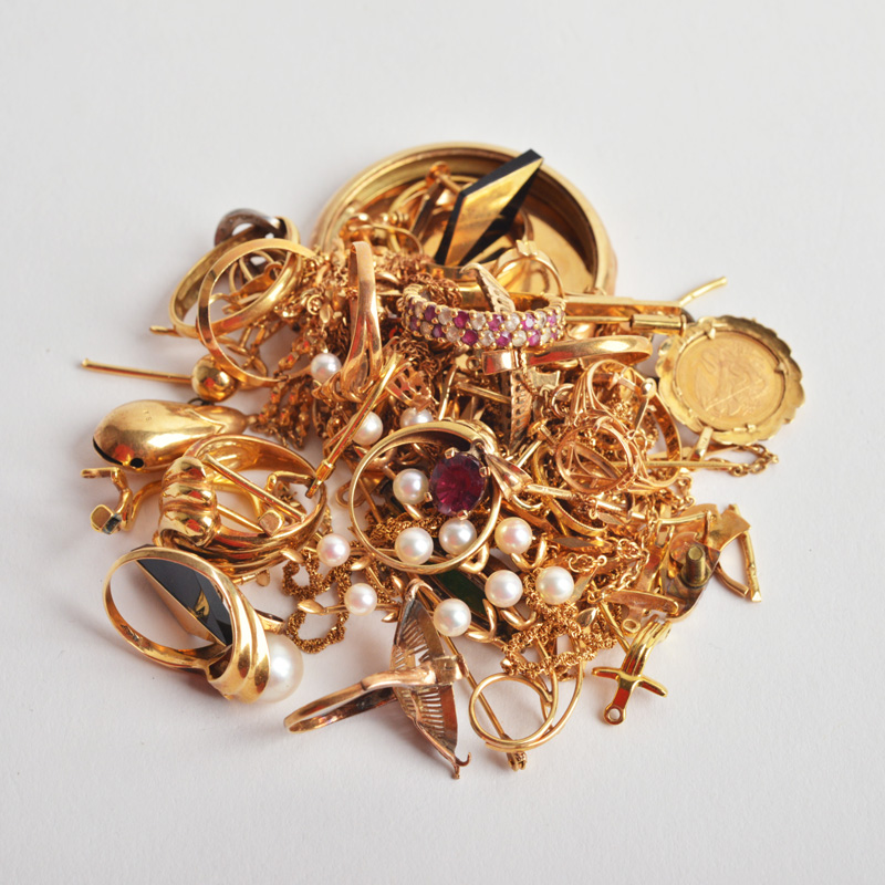 金・プラチナ・ダイヤなど貴金属類